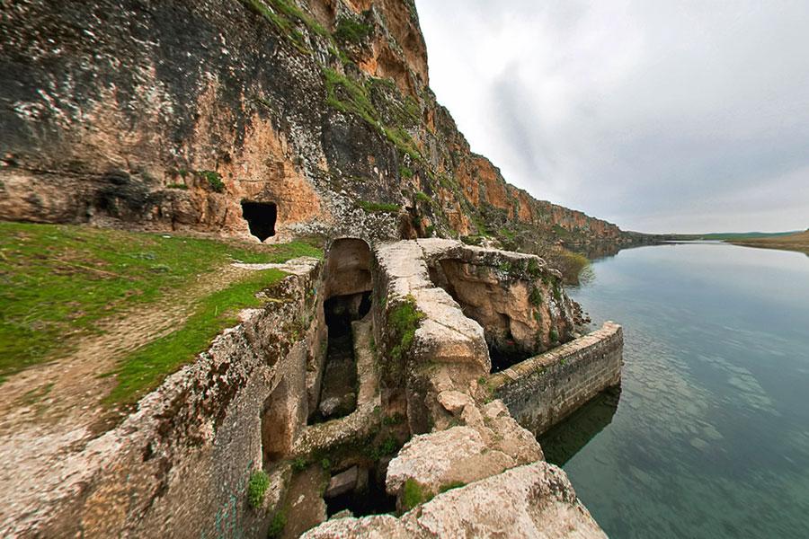 İnbaşı Mağarası ve Su Değirmeni